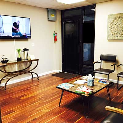 Chiropractic Oakbrook Terrace IL Office Cordoba Health Group Waiting area